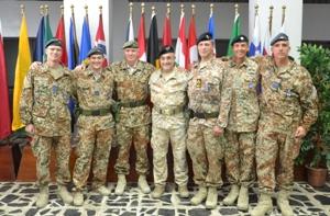 Personale danese della NTM-I e al centro il generale Armentani (Foto a cura della NTM-I)