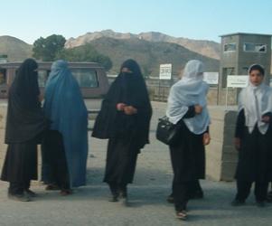 Afghanistan donne con burqa - foto di Clara Salpietro