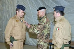 cerimonia di avvicendamento tra il colonnello pilota Gianluca Ercolani, cedente, ed il colonnello pilota Alessandro De Lorenzo
