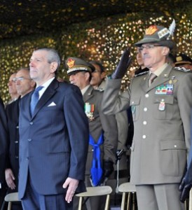 Il ministro della Difesa e il generale Abrate