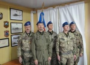 Al centro il colonnello Ciancarella insieme al suo staff