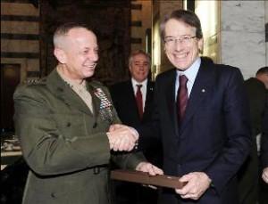Il-generale-Allen-e-il-ministro-Terzi