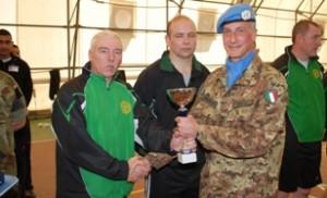 Presso la base di Naqoura:colonnello Bosco premia squadra Irlanda seconda classificata