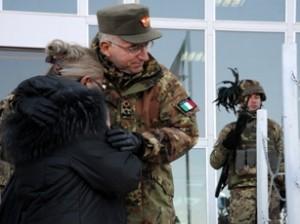 Il generale Graziano e la madre del capitano Ranzani.jpg