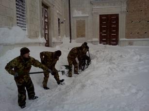 esercito in provincia di Roma per l'emergenza neve