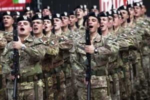 """Esercito italiano nell'operazione """"Strade Sicure"""""""