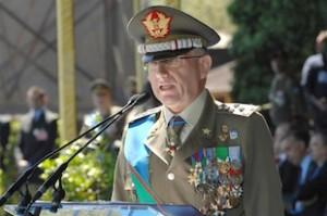 Il capo di stato maggiore dell'Esercito generale Graziano