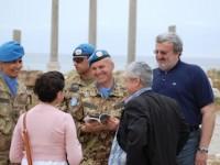 Libano: il sindaco di Bari Michele Emiliano visita il contingente italiano