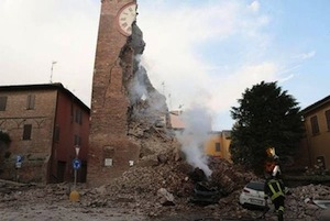 terremoto:l'impiego delle forze armate a Ferrara e Modena