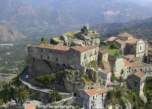 Castiglione di sicilia:panoramica castello di Lauria