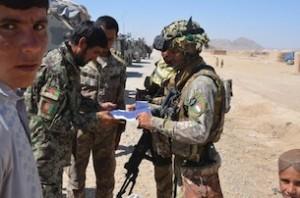 afghanistan:polizia afgana e alpini del 2° reggimento