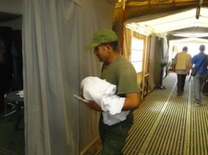 Zaatari:una bambina nata all'ospedale da campo marocchino