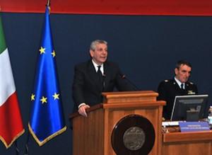 il ministro della Difesa, Giampaolo Di Paola