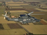 Ponza: un elicottero dell'Aeronautica Militare soccorre un anziano