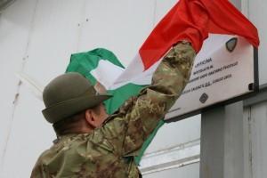 contingente italiano ricorda il caporal maggiore capo Tuccillo