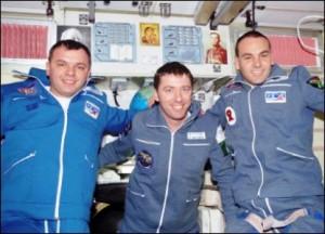 nella stazione spaziale Roberto Vittori che ha volato con la missione Soyuz