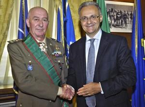 Il Ministro Mauro ed il generale Stefanini