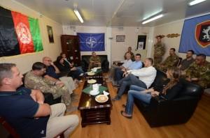 delegazione del Ministero degli Esteri visita il contingente italiano