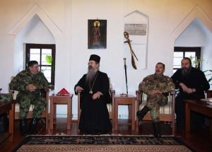 Il generale Dikovic e il generale Farina al Monastero di Decane