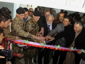 Afghanistan - Il generale Scopigno comandante del Regional Command West inaugura una scuola