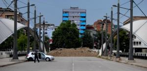 La barriera sul ponte di Mitrovica