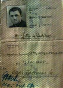 Certificato d'identità del marò De Cadilhac rilasciato durante il servizio militare nella Divisione San Marco