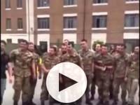 La Folgore intona il canto degli Arditi e la stampa italiana lo etichetta inno fascista – I vertici militari aprono un'inchiesta