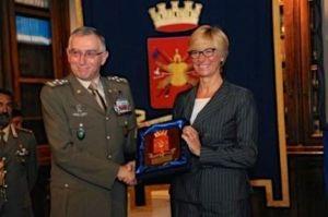 Il Capo di Sme generale Graziano e il ministro della Difesa Pinotti