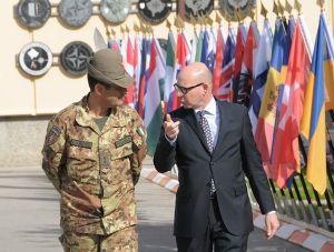 Kosovo - il generale Figliuolo e l'ambasciatore Meucci