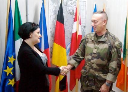 Ambasciatrice Samuela Isopi in visita EUFOR