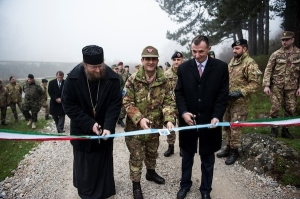 A Decane, in Kosovo, si è tenuta l'inaugurazione di una strada rurale