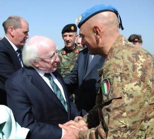 Il Gen. Portolano accoglie il Presidente irlandese Higgins