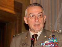 Il capo di stato maggiore della Difesa: sì a ridurre le spese, no al risparmio sull'addestramento