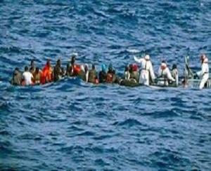 emigranti-in-mare
