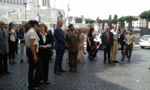 Un momento della cerimonia a piazza Madonna di Loreto a Roma