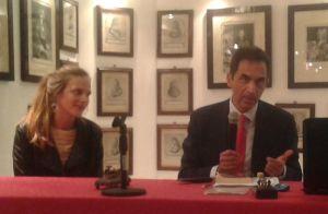 Elettra Mallaby, nipote dell'agente inglese, e l'avvocato Gianluca Barneschi