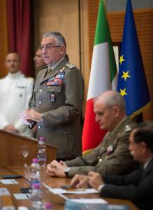 Il generale Graziano durante il suo intervento