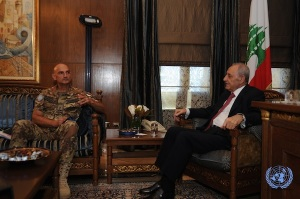 Il generale Portolano e il presidente del Parlamento libanese Nabih Berri
