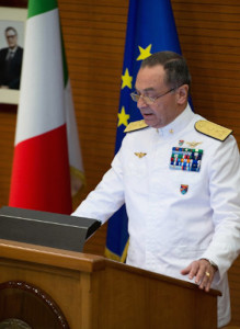 L'ammiraglio Veri durante il suo intervento al CASD in occasione della cerimonia di chiusura dell'anno accademico e di avvicendamento del Presidente