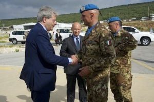 Il Ministro Gentiloni e il generale Portolano