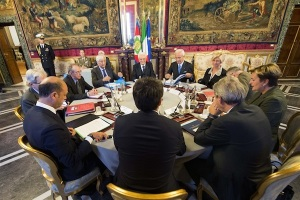 Il Presidente Sergio Mattarella durante la riunione del Consiglio Supremo di Difesa