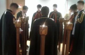 I giovani DeMolay durante la cerimonia