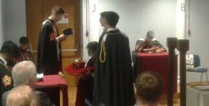 Un momento del rituale nel corso della cerimonia di installazione